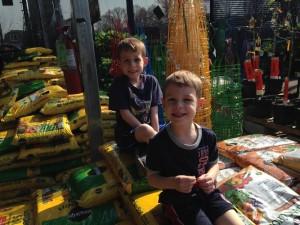 boys garden shop